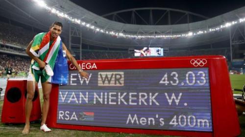 Van Niekerk rompió el record de Michael Johnson en los juegos olímpicos Río 2016.