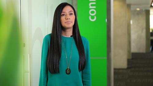 Desde que hizo su práctica en el colegio, cuando tenía tan solo 17 años, Irene Aguilar forma parte de la familia de Tigo. (Foto: Soy502)