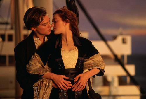 "Winslet, se hizo famosa al protagonizar ""Titanic"" (1998) de James Cameron, donde compartió cartel con Leonardo DiCaprio. (Foto: Google)"