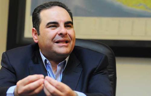 Los votos que Tony Saca pueda obtener serían importantes si se disputa una segunda vuelta, pues queda la duda si los capitalizaría Arena, ya en una lucha cuerpo a cuerpo ante el FMLN.