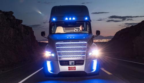 """El """"Highway Pilot"""" permitirá a los pilotos realizar otras actividades mientras se encuentren en carretera. (Foto: Google)"""