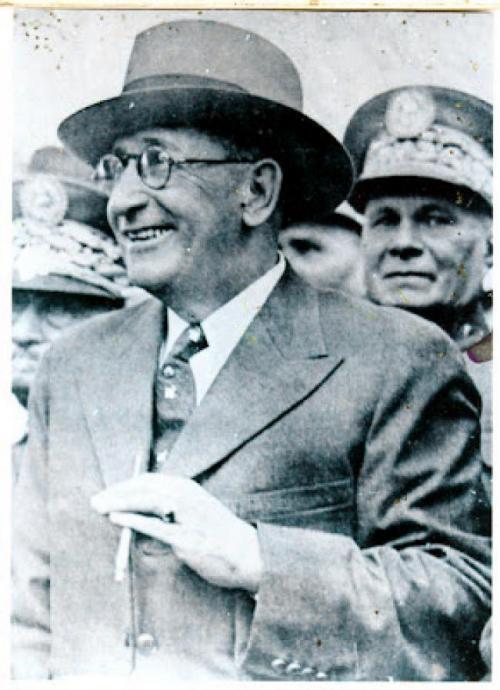 Ubico renunció cuando entendió que había perdido su base de apoyo, en 1944.