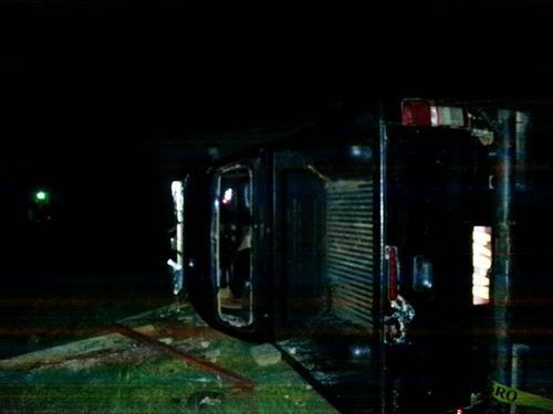 La radiopatrulla no fue incendiada pero sí sufrió daños. (Foto: Irma Tzi /Nuestro Diario )
