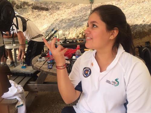 Sofía Paiz se mostró indignada ante el robo que sufrió junto a su hermana. (Foto: Luis Barrios/Soy502)