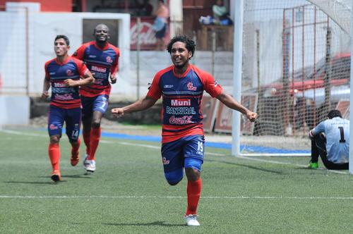 Juan Valenzuela anotó el tercer gol de Malacateco ante los conejos. (Foto: Esner Navarro/Nuestro Diario)