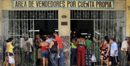En Cuba, más de 504 mil personas se dedican al trabajo por cuenta propia, en 201 diferentes oficios. (Foto: radiohc.cu)