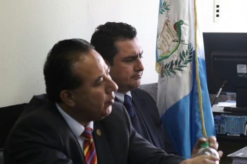 El abogado del Partido Patriota, Vernon González fue condenado a cinco años de prisión inconmutables. (Foto: Alejandro Balán/Soy502)