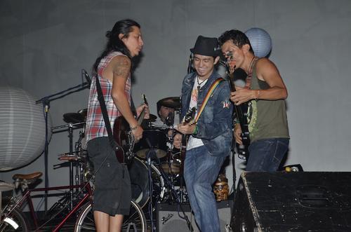 La banda estremeció a sus seguidores con un concierto inolvidable. (Foto: Abner Salguero/Nuestro Diario)