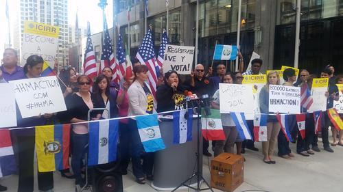 Más del 90 % de los latinos pide una reforma total de la inmigración que provea de un camino a la ciudadanía estadounidense. (Foto: Vívelo hoy)