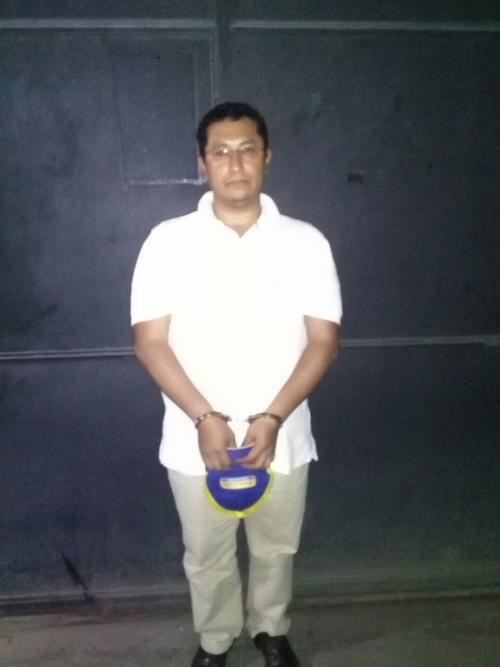 Delfino Morataya, fue capturado en el centro comercial Santa Clara en Villa Nueva. (Foto: PNC)