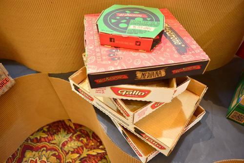 Algunas de las cajas de cartón que fabrica Cartones de Guatemala, S.A. (Foto: Jesús Alfonso/Soy502)
