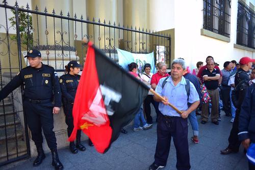 Según los sindicalistas, las propuestas afectan el desempeño de más de 50 mil trabajadores de Salud. (Foto: Jesús Alfonso/Soy502)