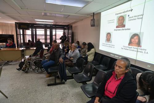 Medrano y 15 personas más son señalados de valorar en 10 millones de quetzales un proyecto de construcción de vivienda digna que realmente solo fue la edificación de galeras. (Foto: Wilder López/Soy502)