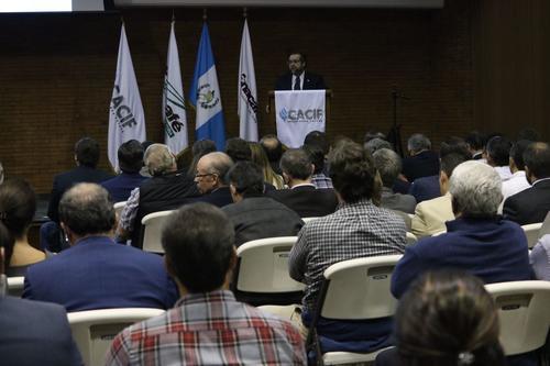 El sector privado mostró su preocupación por el tema en el auditorio de Anacafé. (Foto: Cacif)