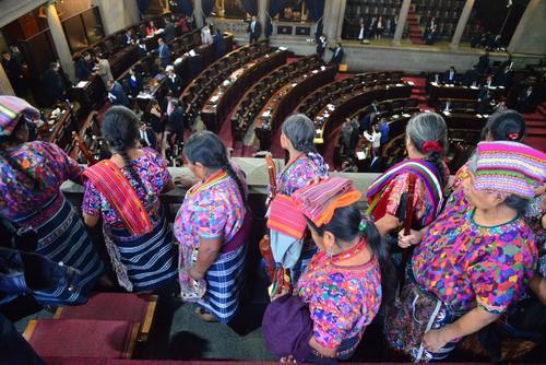 Varios representantes de la sociedad civil están en el Congreso para apoyar las reformas al sector justicia. (Foto: Jesús Alfonso/Soy502)