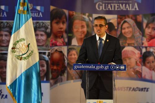 El ministro de Prevención informó sobre la situación de pasaportes y DPI. (Foto: Jesús Alfonso/Soy502)