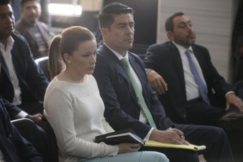 El abogado de Daniela Beltranena fue el primero que mostró su molestia por la resolución del juez de no aceptar cambiar los delitos por los que su clienta permanece ligada a proceso. (Foto: Wilder López/Soy502)