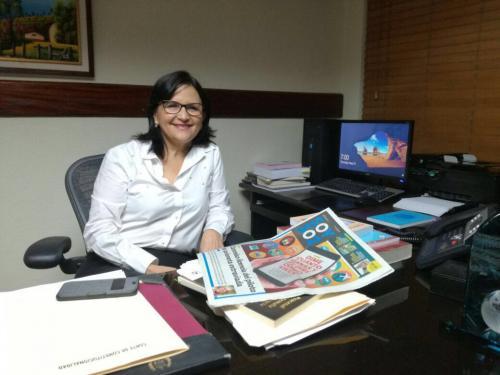 La magistrada Gloria Porras en su despacho de la Corte de Constitucionalidad el 25 de mayo en la noche. (Foto: Soy502)