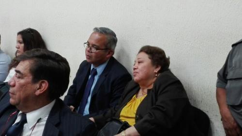 Martha Sierra y su hijo, Roberto Stalling, no se presentaron a la audiencia de este 2 de junio. (Foto: Archivo/Soy502)