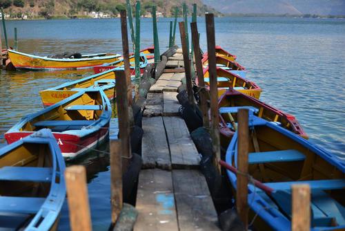 La vicepresidenta Roxana Baldetti realizó un recorrido por el Lago de Amatitlán donde garantizó que la fórmula sí funcionaría. (Foto: Archivo/ Soy502)