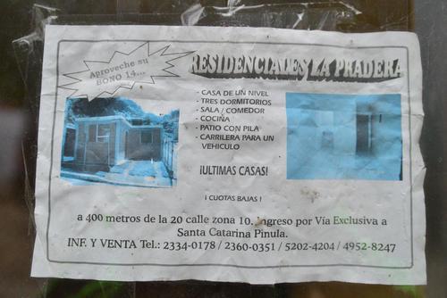 Aún quedaban casas disponibles ubicadas en Residenciales La Pradera, un sector que no quedó soterrado, pero que debe ser evacuado. (Foto: Soy502)