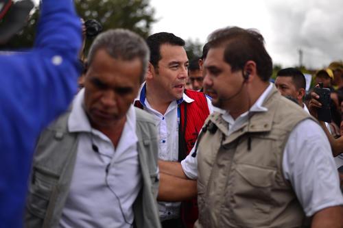 Jimmy Morales llega, ahora, rodeado de un fuerte operativo de seguridad que lo protege. (Foto: Wilder López/soy502)