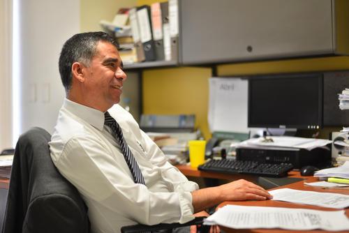 Antonio Morales ha trabajado para el Ministerio Público durante 15 años. Su trabajo al frente de la Unidad de la Fiscalía Especial logró sentar en el banquillo a Otto Pérez y Roxana Baldetti. (Foto: Wilder López/ Soy502)