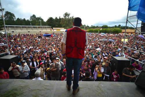 Los actuales mitines de Jimmy Morales no se parecen a los realizados antes de la primera vuelta electoral. (Foto: Wilder López/Soy502)