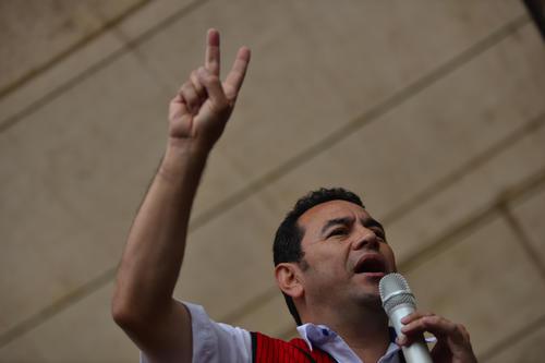 """El símbolo de FCN Nación: la """"V"""". (Foto: Wilder López/Soy502)"""