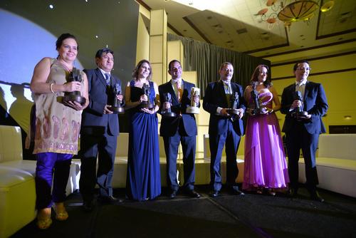 Todos las empresas finalistas recibieron su reconocimiento durante el evento. (Foto: Wilder López/Soy502)