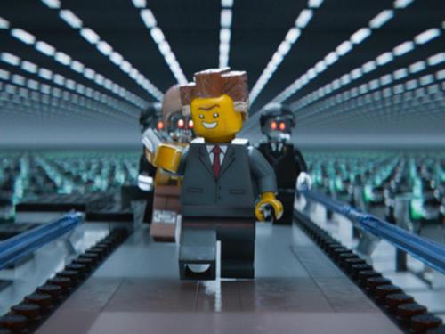 Críticos aseguran que President Business, el villano de la película, tiene un parecido físico al ex candidato republicano Mitt Romney. (Foto: Archivo)