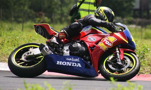 Xavier Beltranena (88) a bordo de su Honda, logró ubicarse en la tercera posición. (Foto:César Pérez)
