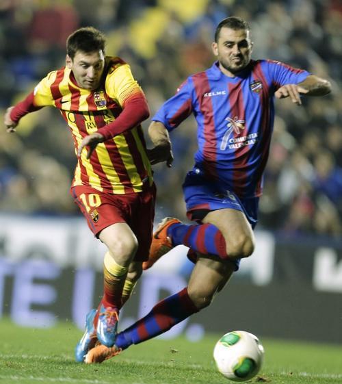 El astro argentino firmó con tres asistencias ante el Levante su partido número 400 vistiendo la camisola del Barcelona