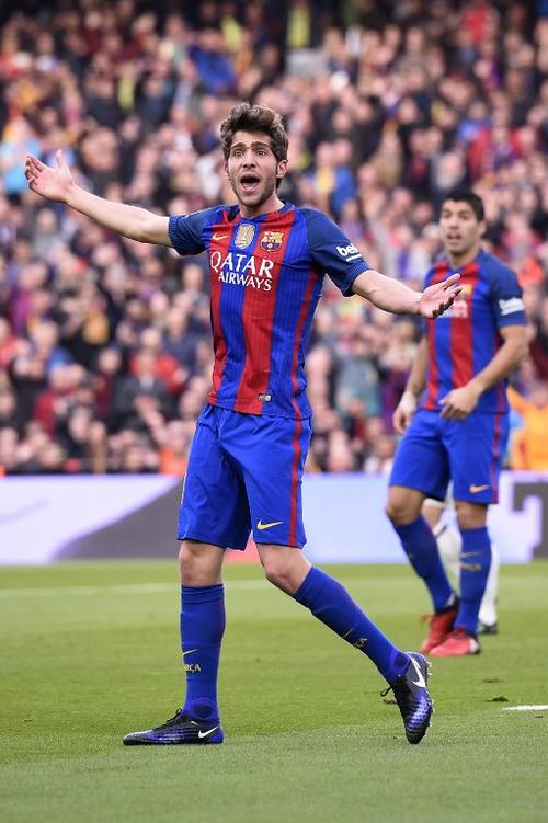 Sergio Roberto es mediocampista y lateral improvisado. (Foto: AFP)