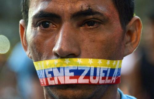 La violencia entre simpatizantes y opositores de Nicolás Maduro se incrementa cada día