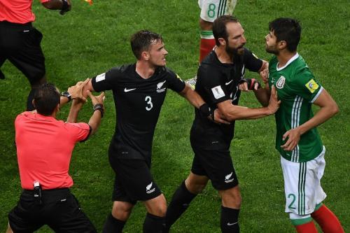 A lo largo del partido hubo varios incidentes entre ambos equipos. (Foto: AFP)