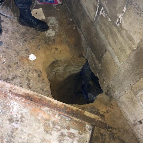 T nel est a metros de la casa donde fue la matanza en los for Donde esta el ministerio del interior