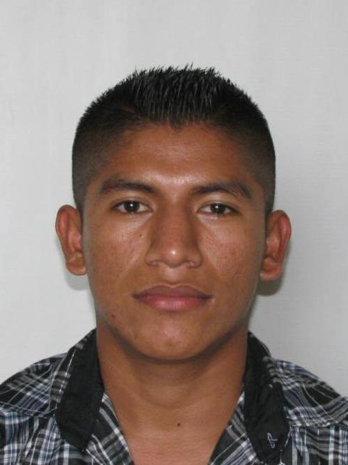 Se presume que el cadáver del policía que fue localizado en Retalhuleu es del agente Marvin Juárez, quien custodiaba a un reo. (Foto: PNC)