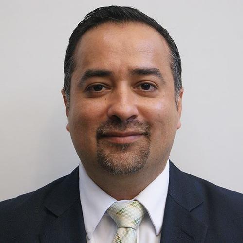 El Presidente de la  Comisión de Finanzas, Jairo Flores, decidió qué diputados integran la sala de trabajo. (Foto: Congreso)