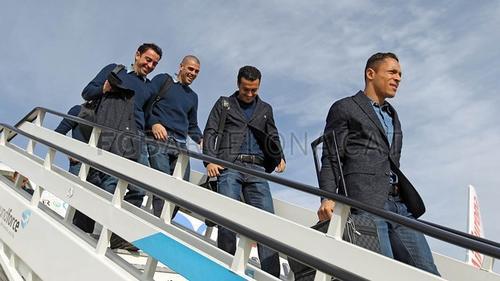 El conjunto del Barcelona a su llegada  a Madrid esta mañana para el juego ante el Getafe