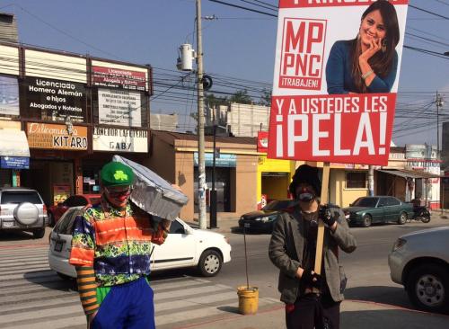 El novio y la familia de Gabriela Barrios han realizado diversas manifestaciones en demanda de justicia. (Foto: Shirlie Rodríguez/Stereo100)