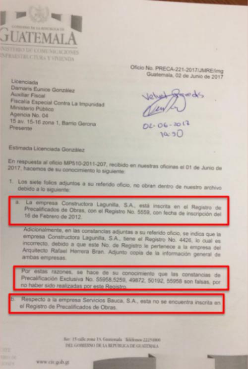 Uno de los documentos del Ministerio de Comunicaciones que fue falsificado.