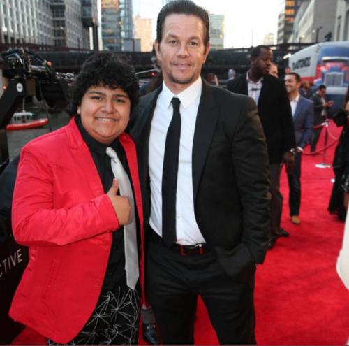 Julio César Chávez junto a Mark Wahlberg. (Foto: oficial)