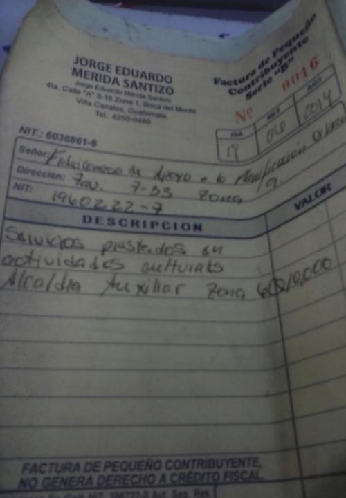 Esta es es una de las facturas que Jorge Mérida entregó para sustraer fondos de la Municipalidad. (Foto: MP).