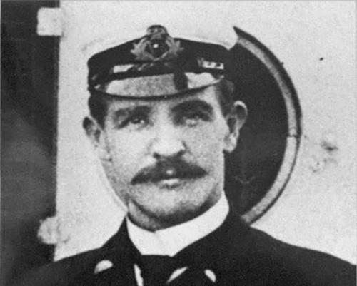 William McMaster Murdoch nació en 1873 en Escocia. (Foto: Infobae)