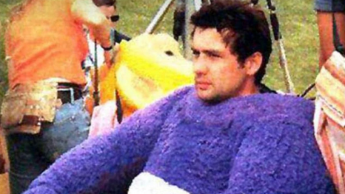 Actor durante el rodaje de Teletubbies. (Foto: captura de pantalla)