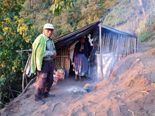 Los adultos mayores fueron expulsados de su casa. (Foto: Hugo Barrios)