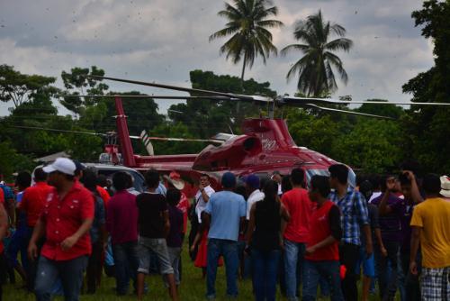 Este es el helicóptero que usó Baldizón en su campaña. (Foto: archivo/Soy502)
