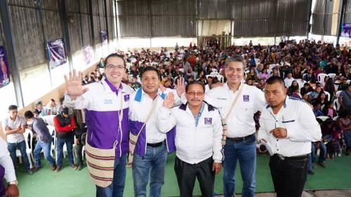 Fredy Cabrera visitó Huehuetenango durante el fin de semana. (Foto: Todos)