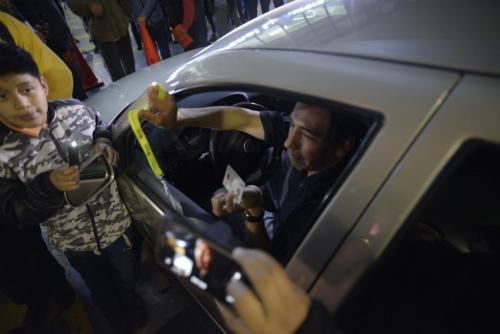 Investigador de la Cicig es retenido por gobierno en aeropuerto de Guatemala